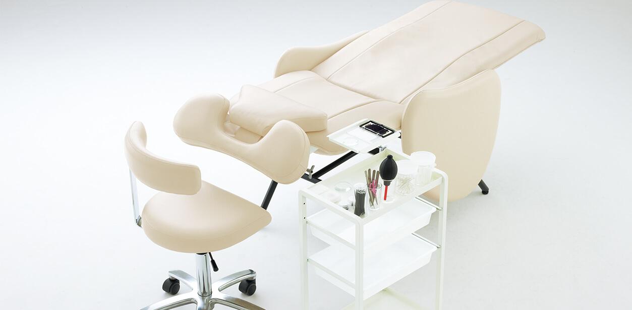 riche (eyelash chair)